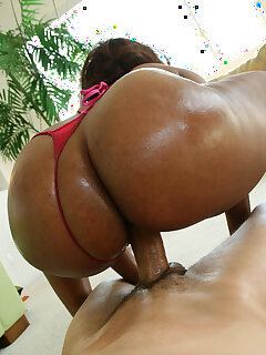 Ebony Oiled Pictures
